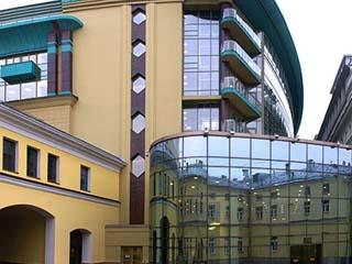 Аренда больших помещений в БЦ «Романов двор».